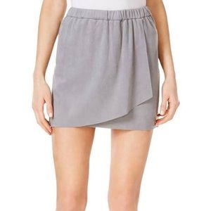 NWT Kensie Grey Faux Suede Mini Skirt M